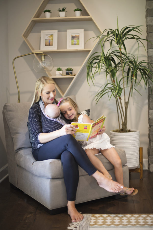 Mommy Wrap reading